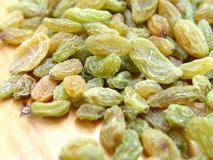Super-green-raisins-xinjiang-raisins-taste-pure-green-food-250-Made-in-China