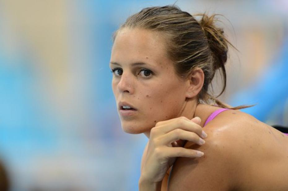 Leave Laure Manaudou Alone - Videos - Metatube