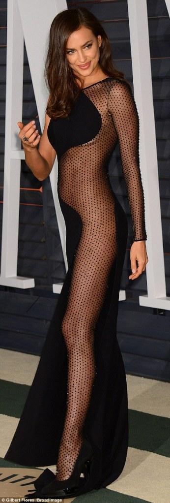 oscars-sheerdress-shayk