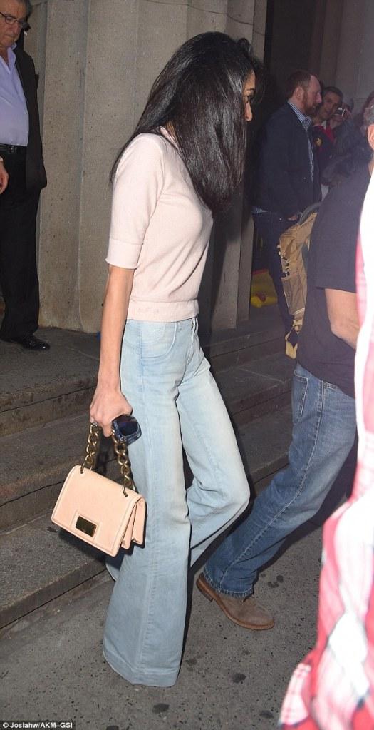 amal-jeans2