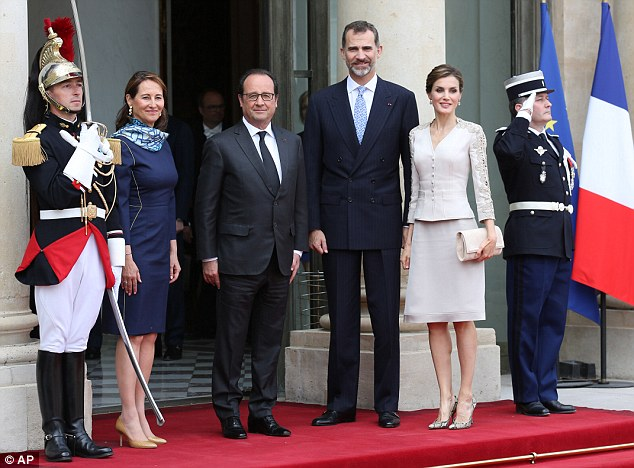 Letizia-Paris-Hollande-Royal