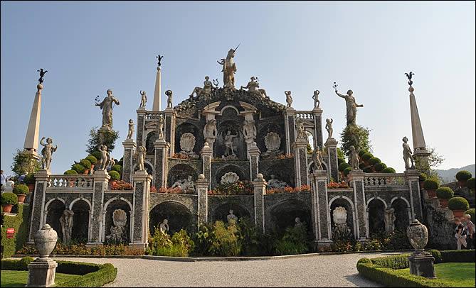borromeo-isola-bella-fontaine