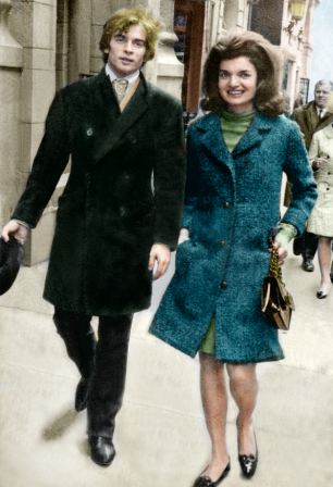 PKT4592-340817 JACQUELINE KENNEDY ONASSIS 1967 Mrs. Jacqueline Kennedy Onassis meets Rudolph Nureyev, as he is in New York with the Royal Ballet. They are pictured walking down the Fifth avenue fashion centre on a shopping trip.