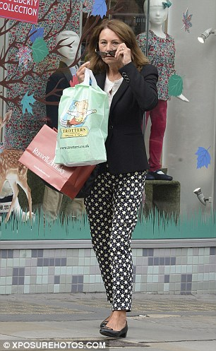 carole-shopping