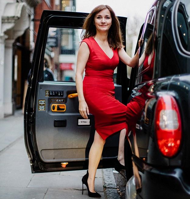 dm-katherine osler victoria beckham shoes story. Katherine entering a taxi - john godwin