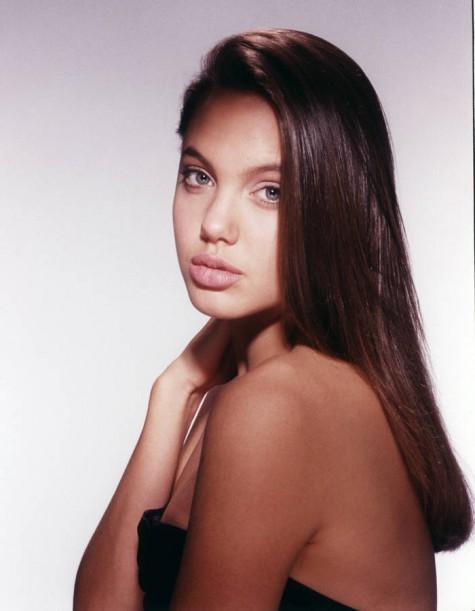 Angelina-Jolie-en-1991
