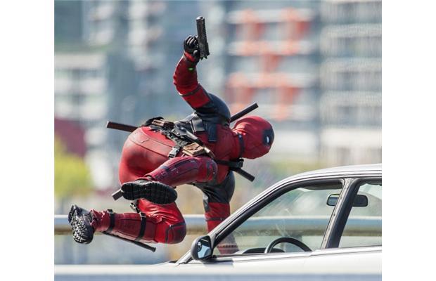 deadpool-jump