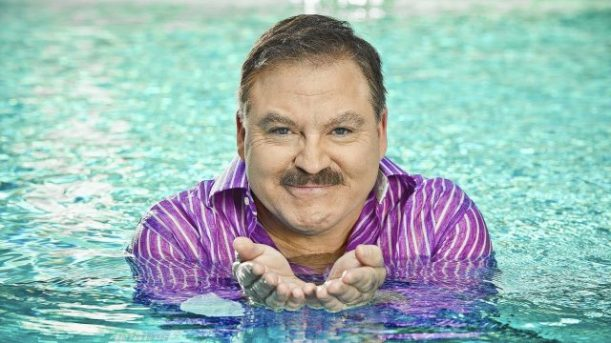 Spiritual pioneer James Van Praagh will communicate with the dead Oct. 10 at the State Theatre, Easton. //// - FEATURES - BARRY J. HOLMES / CONTRIBUTED PHOTO