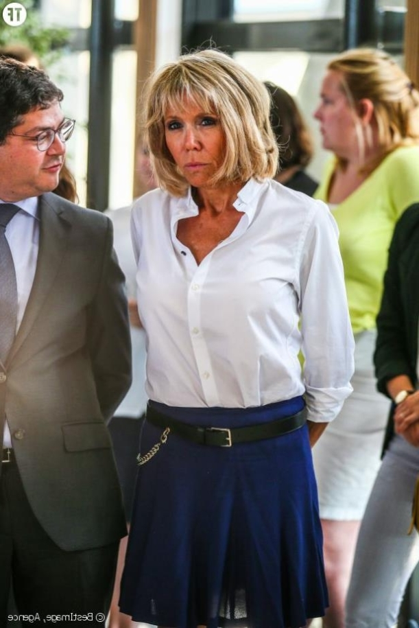 People Eng Brigitte Macron The Next First Lady L Effet Colibri The Hummingbird Effect